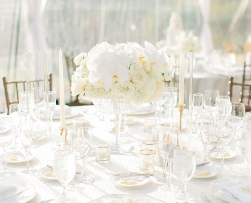 IE Elegant White Wedding